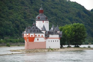 Pfalzgrafenstein has stood since the 1300s. It was never sacked or destroyed.